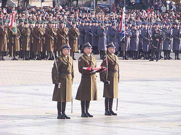 360px-Narodowe_Święto_Niepodległości_2012_01 Wikipedia